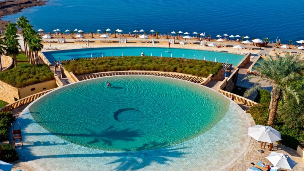 SetWidth2000-Infinity-Pool-l-Kempinski-Hotel-Ishtar-Dead-Sea-1024x576