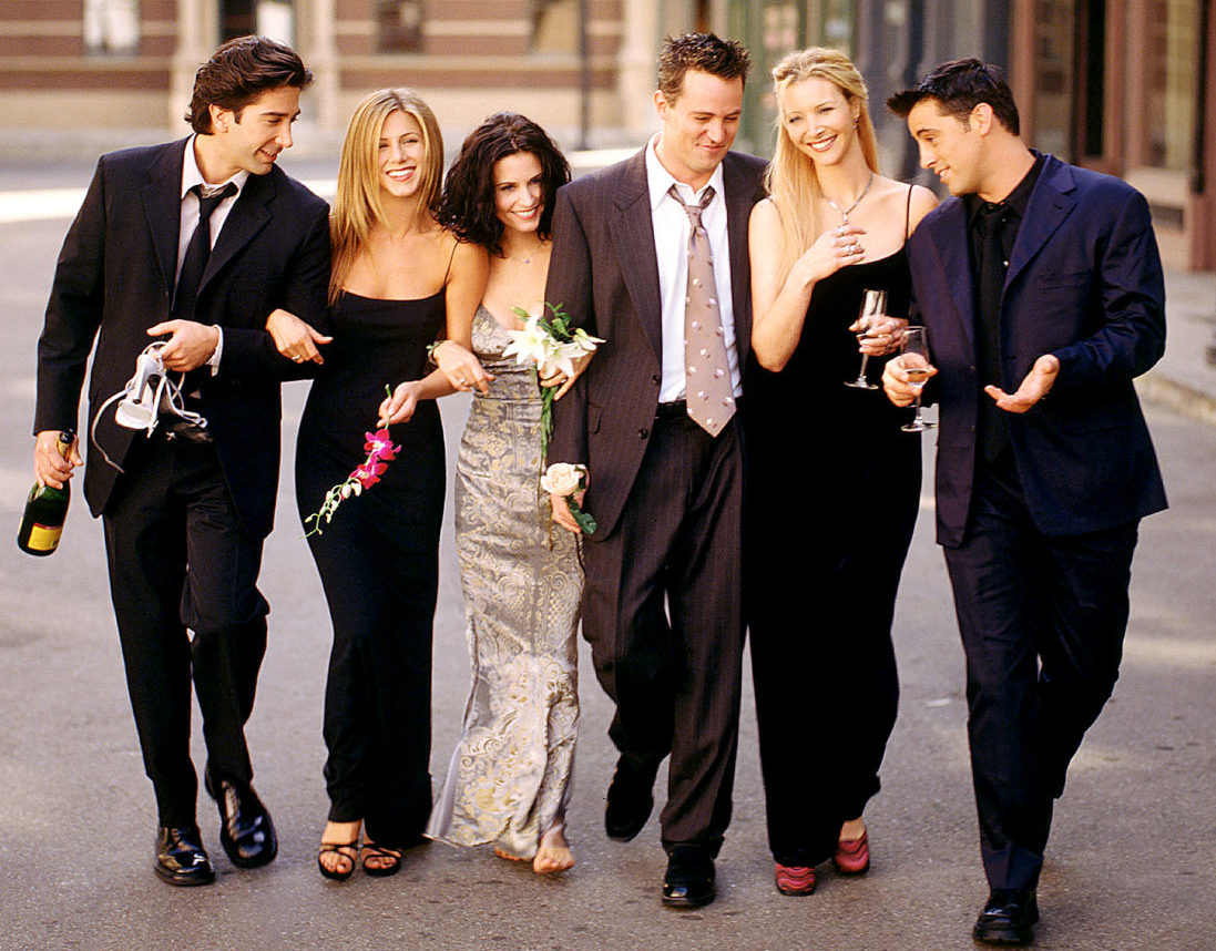 David Schwimmer as Ross Geller, Jennifer Aniston as Rachel Green, Courteney Cox as Monica Geller, Matthew Perry as Chandler Bing, Lisa Kudrow as Phoebe Buffay, Matt LeBlanc as Joey Tribbiani in 2001. Warner Bros. Television